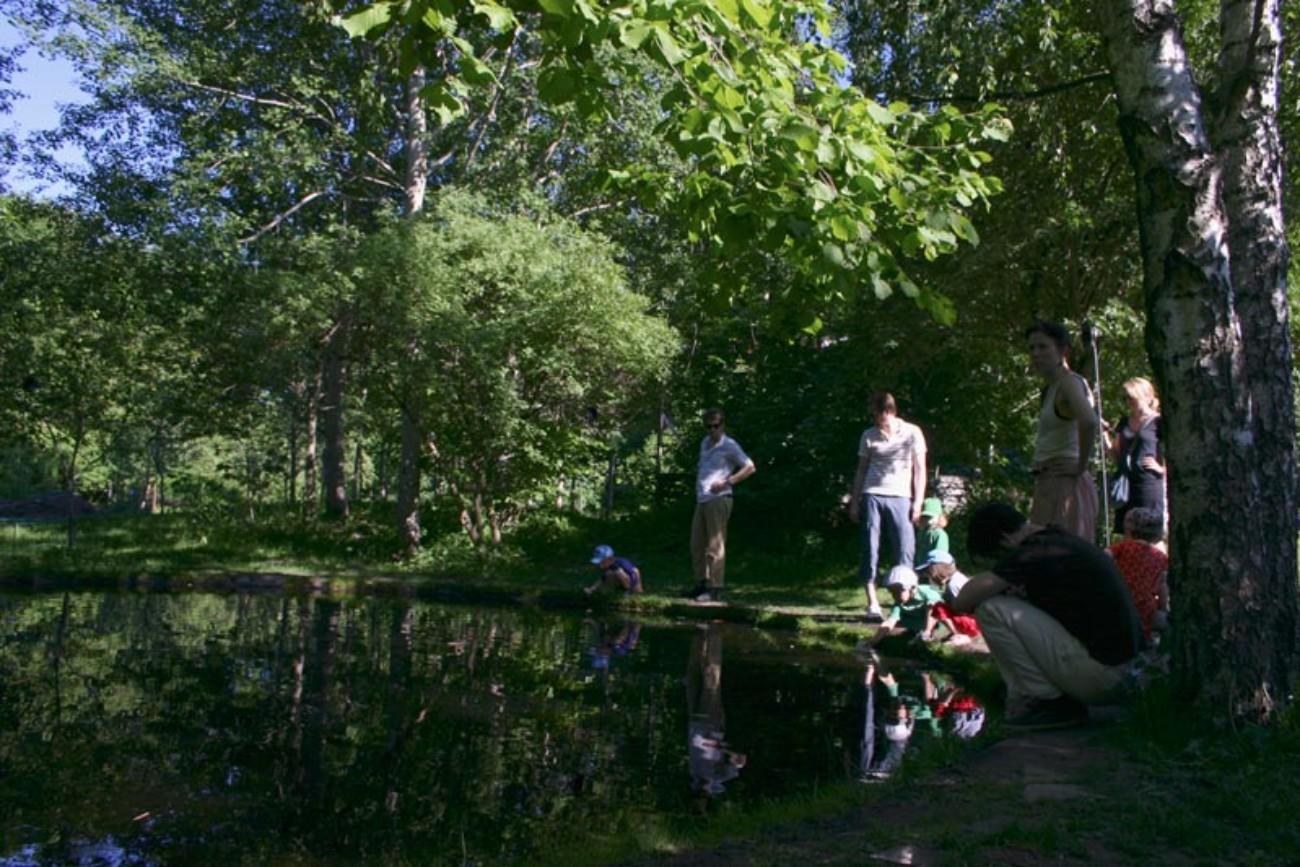 EARTHBOUND - Site specific sound installation at Vinterviken 2009. - Mari Kretz